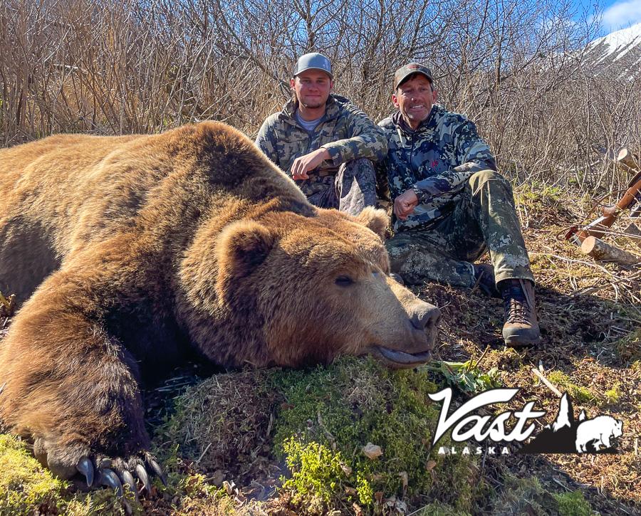 Trophy Brown Bear Hunting